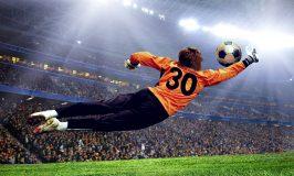 فوتبال در زمین ورزشگاه
